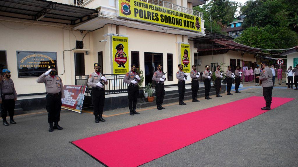 Ini Pesan Irjen Pol Tornagogo ke Personil Polres Sorong Kota dan Polres Sorong